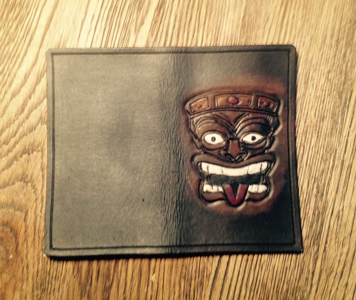 Click image for larger version  Name:Tiki wallet.jpg Views:79 Size:445.9 KB ID:197410