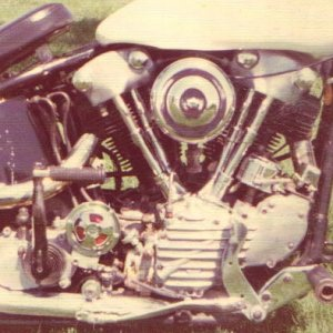 1947 Knuck engine