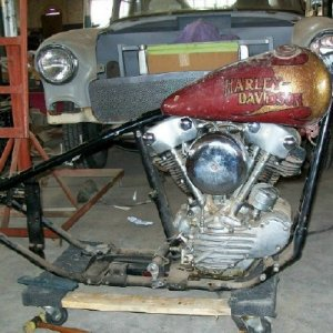 knucklehead with tank